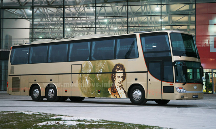 Ankai interpretiert den S 216 HDS - modellbus.info